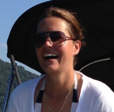Nadine Augé segelt am insign Cup 2014 für das Team von Ringier