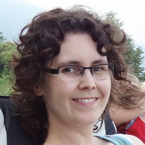Brigitte Känzig, Team Stadtverwaltung Illnau-Effretikon, segelt am insign Cup 2013